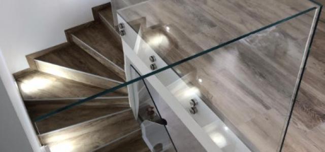Pose de carrelage sur les escaliers sur Lyon et alentours